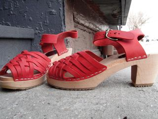 Redclogs1